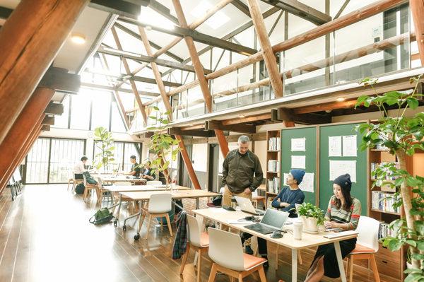 森のオフィス1.jpg